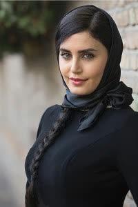 Elnaz Shakerdoust